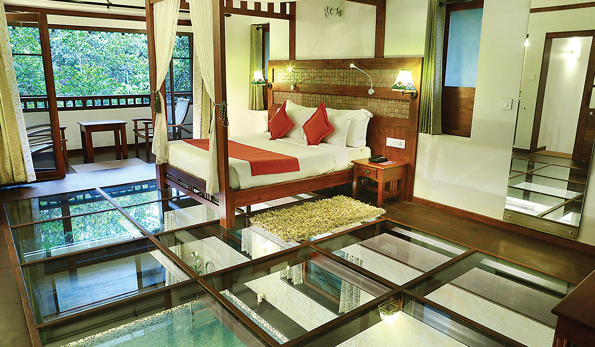 Honeymoon Pool Villa In Wayanad